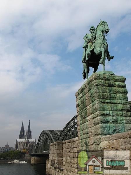 Маленький памятник (мемориал) (Kleindenkmal (Kriegerdenkmal))