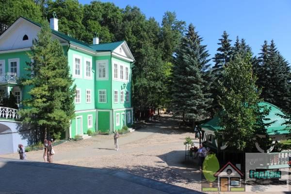 Ансамбль Псково-Печерского монастыря