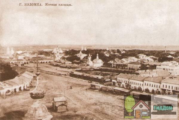 Вид на Житную площадь (площадь Двух Революций и улица Зайцева) с колокольни Иоанна Богослова. Вид начала XX века.