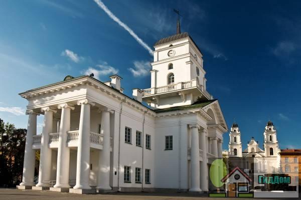 Минская городская ратуша на Высоком Рынке в Минске, Беларусь