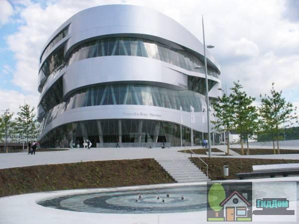Музей Мерседес-Бенц в Штутгарте