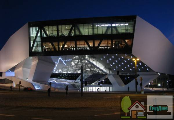 Музей Порше в Штутгарте
