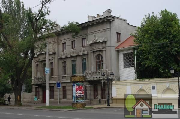 Амбулатория арх. Ф.П.Нестурх (Амбулаторія арх. Ф.П.Нестурх)