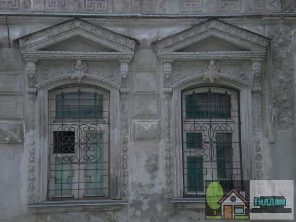 Окна дома Ротиных на Комсомольской улице