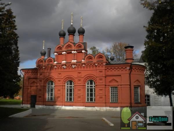 Петропавловская церковь в Мемориальном парке