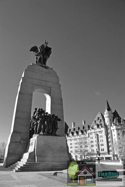 ([[Confederation Square|Confederation Square National Historic Site]])