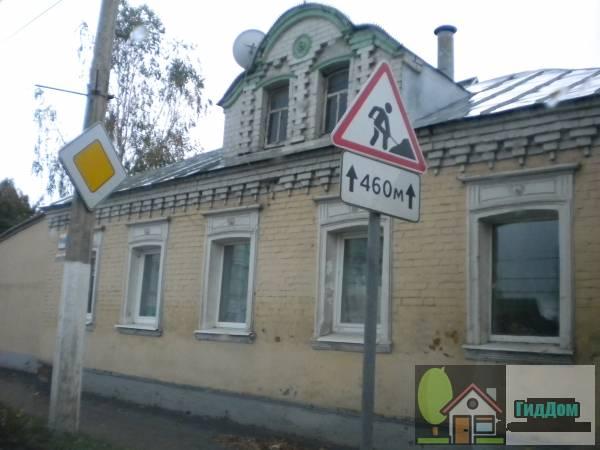 Частный жилой дом на улице Октябрьской Революции