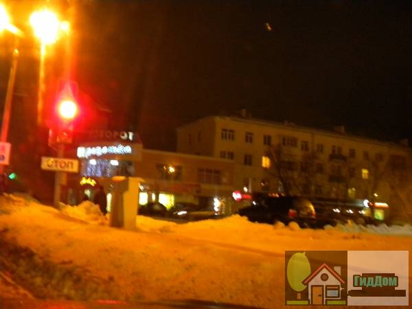Торговый центр «Поворот» на проспекте Кирова