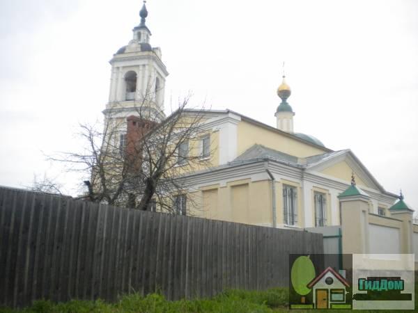 Церковь Пресвятой Троицы на Репне