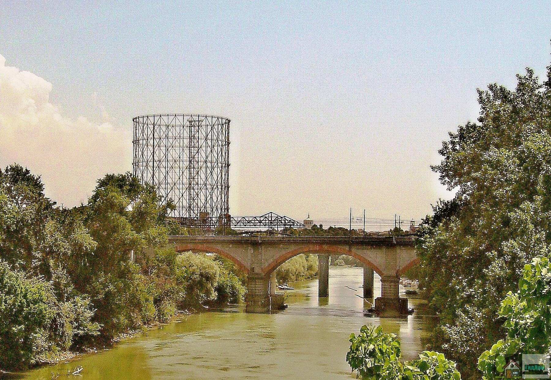 Мост Сан-Паоло в Риме
