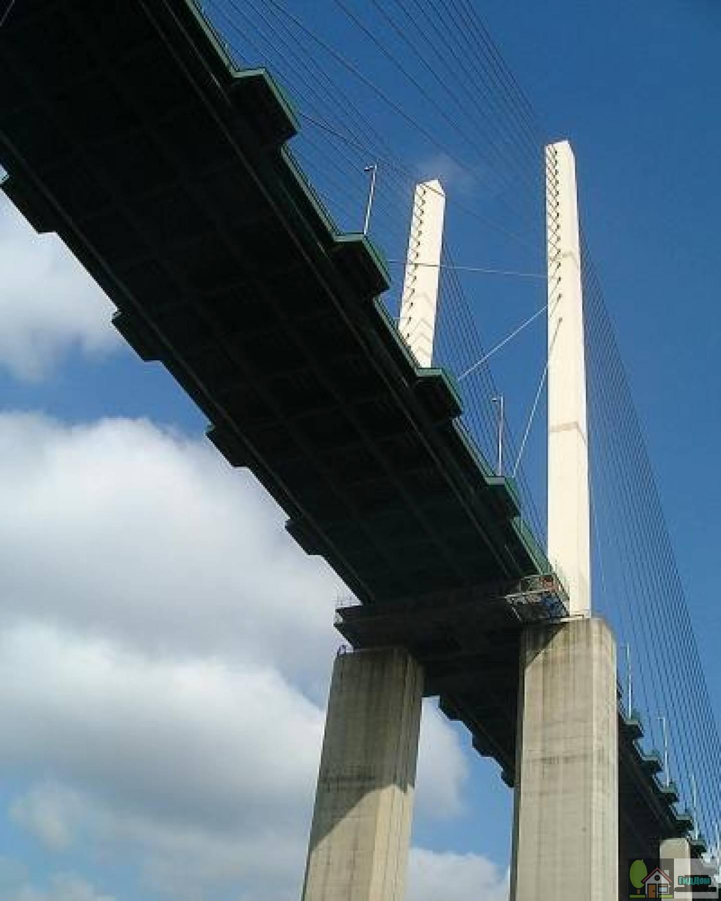 Мост имени королевы Елизаветы II