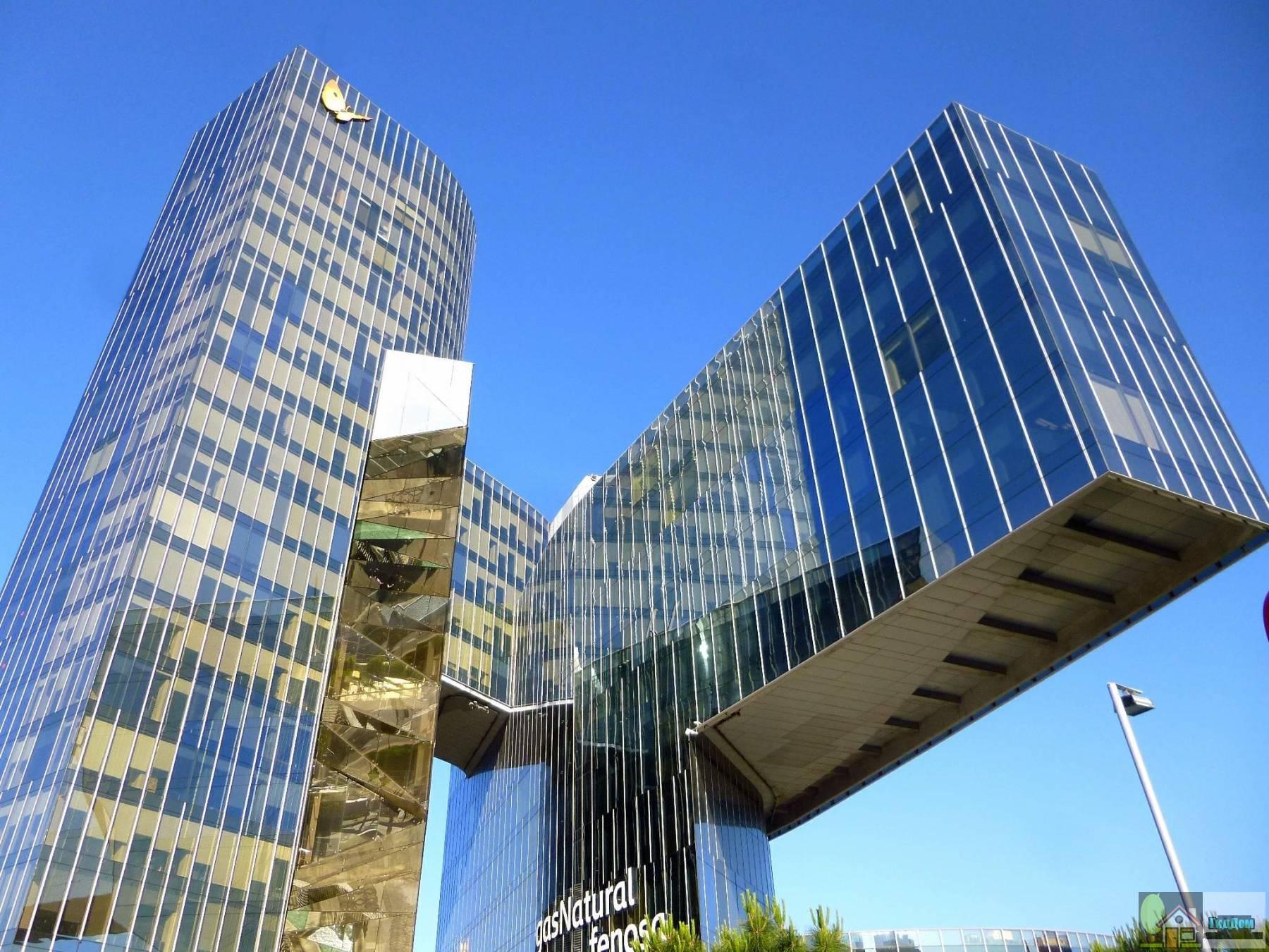 Штаб-квартира энергетической корпорации Натурги в Барселоне