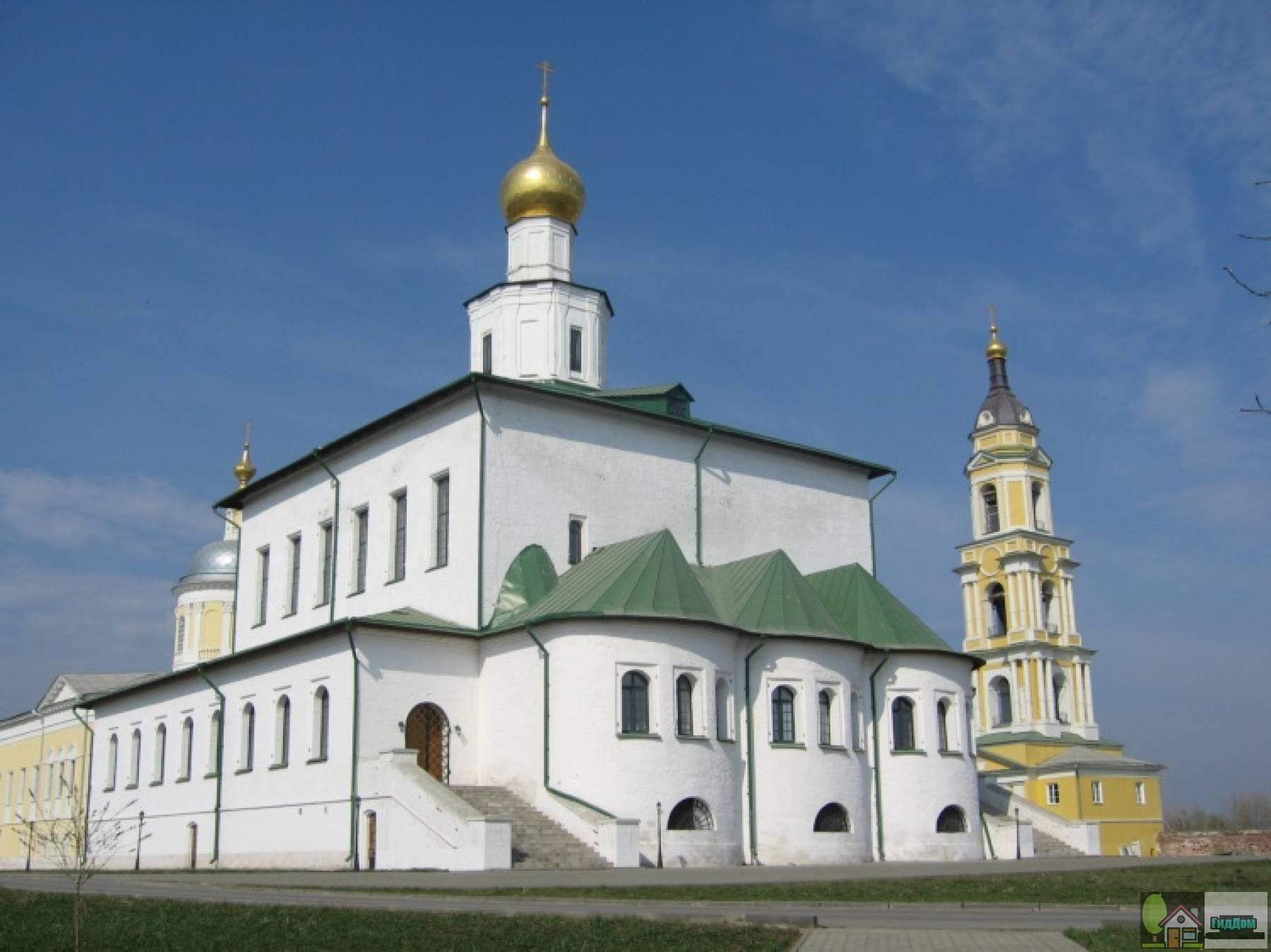 Собор Богоявления Господня Старо-Голутвина монастыря