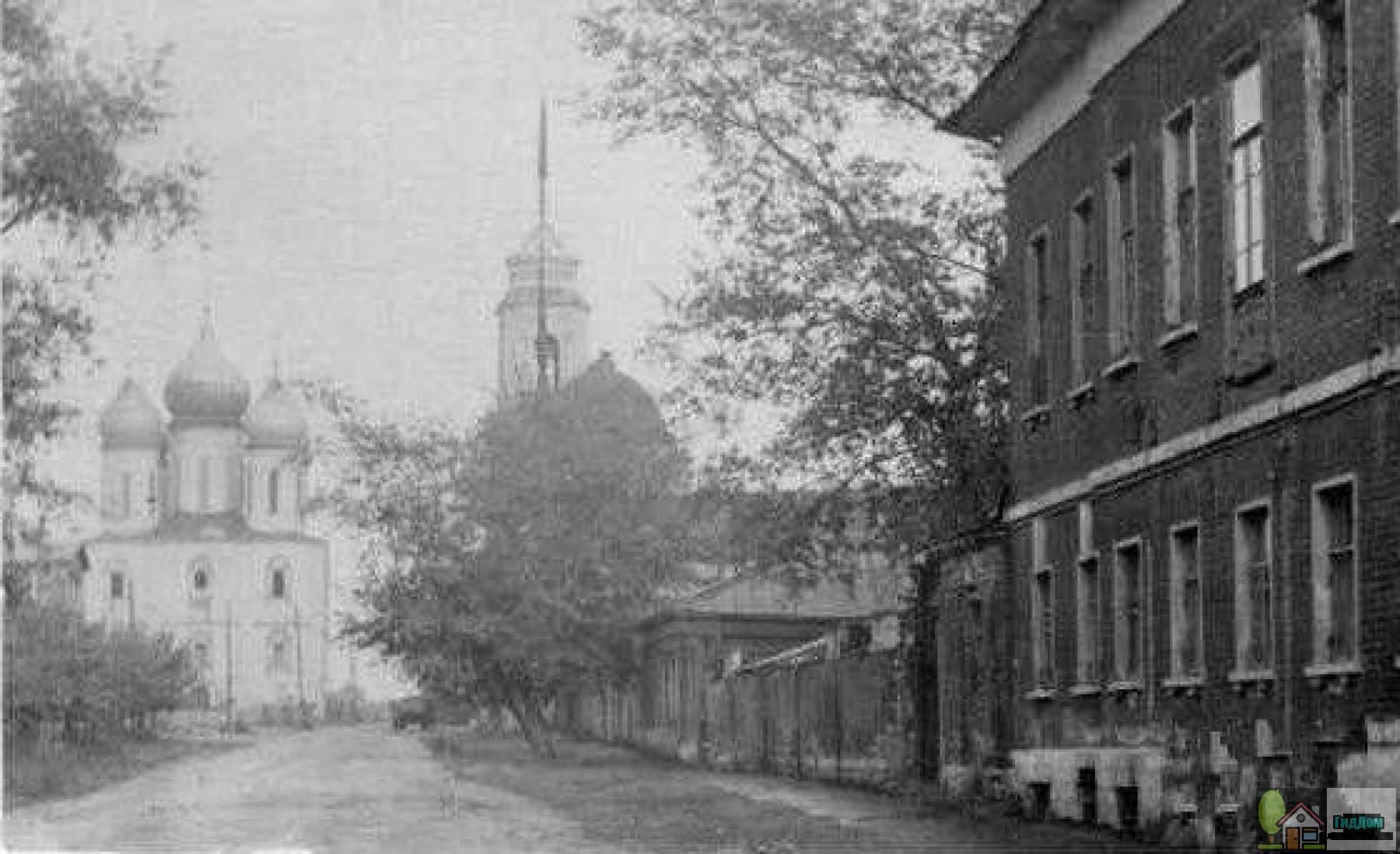 Улица Лазарева и Соборная площадь