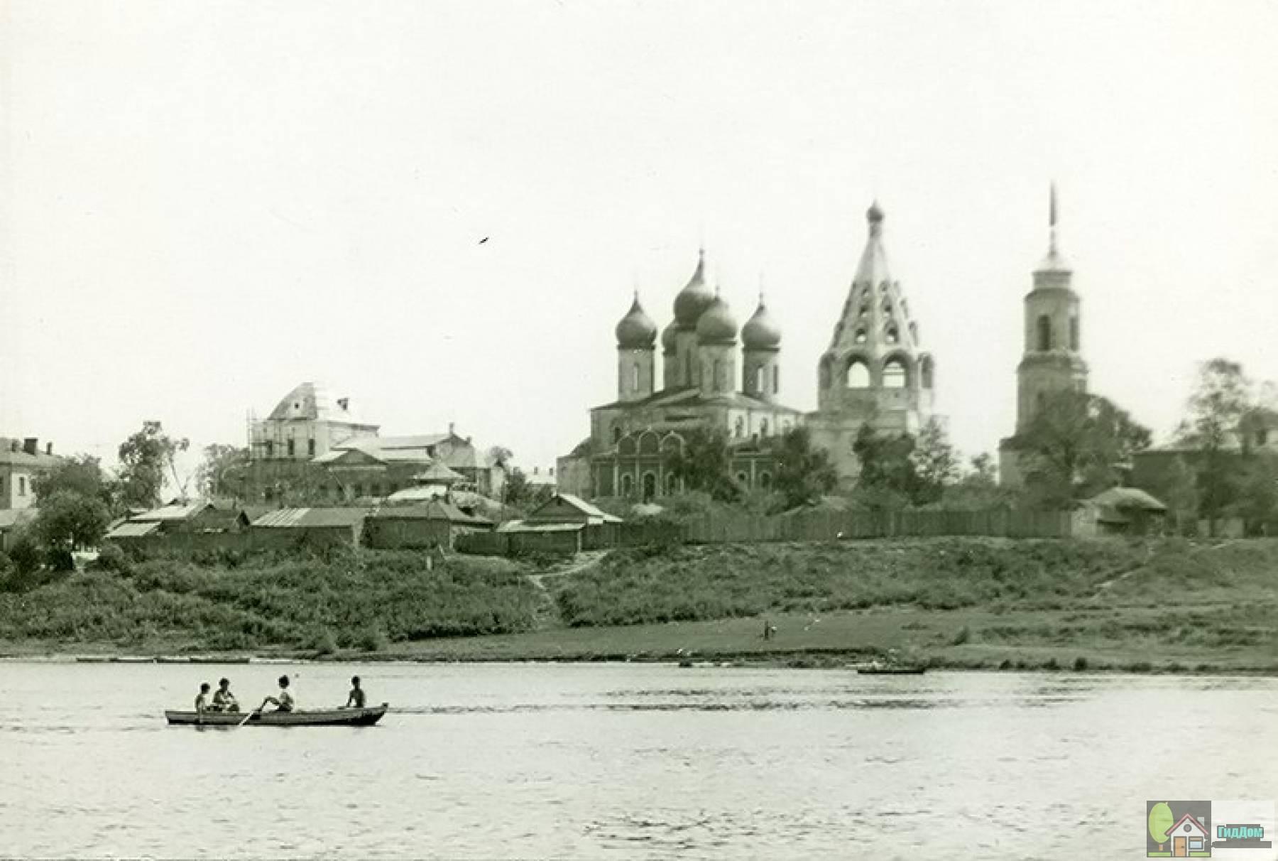 Кремль со стороны набережной