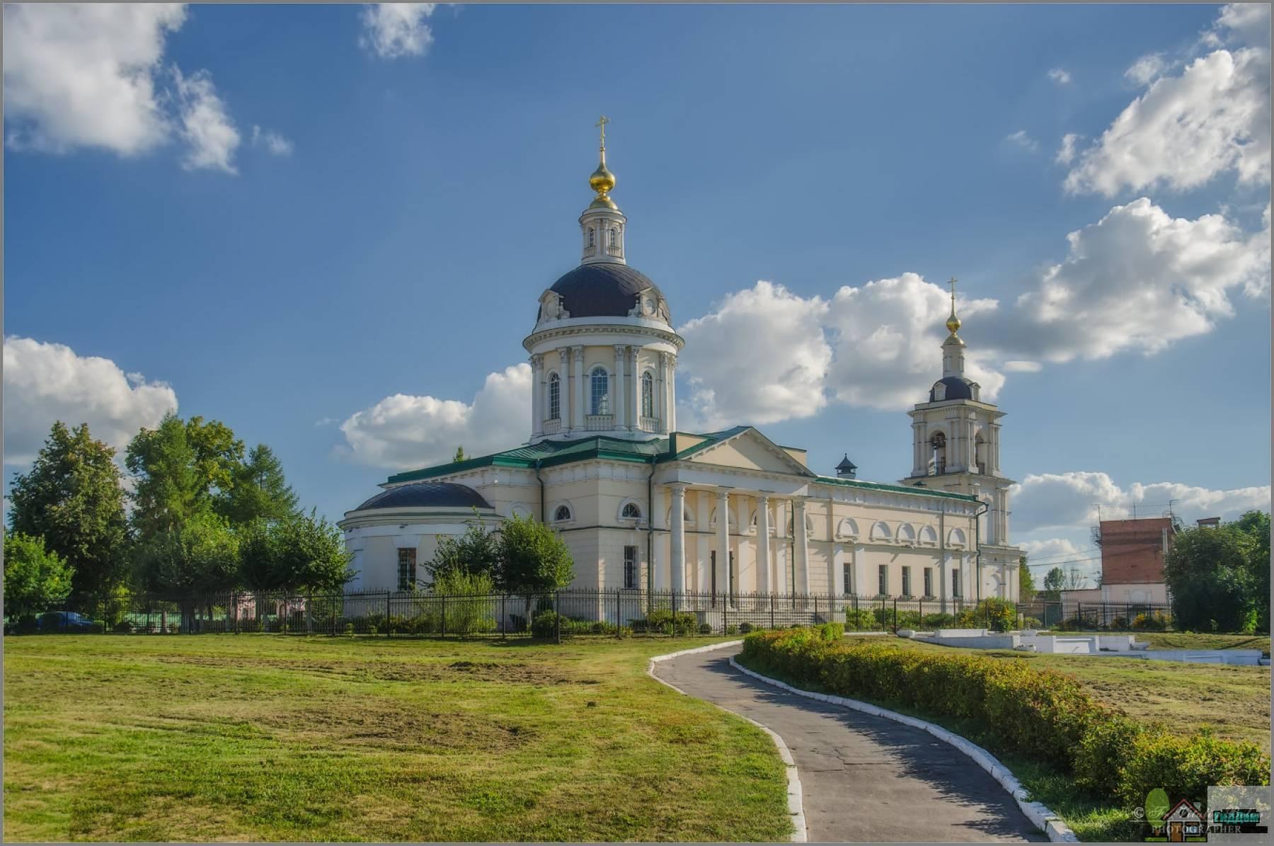 Церковь Архангела Михаила. Снимок загружен из открытых источников. Автор неизвестен.