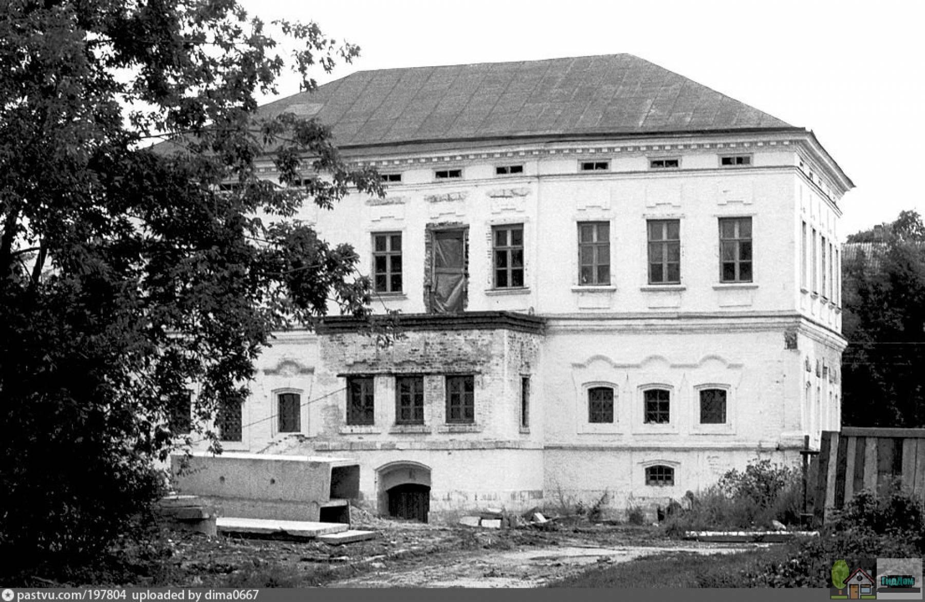 Усадьба Лажечниковых в 1995 году