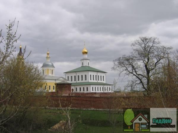 Ансамбль Старо-Голутвинского монастыря (Богоявленский Старо-Голутвин)