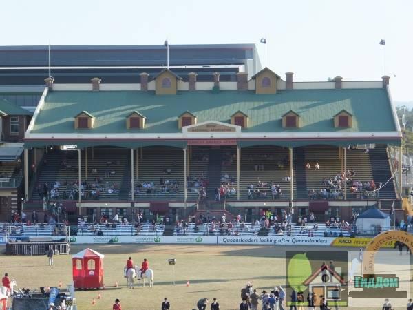 Брисбенский выставочный стадион