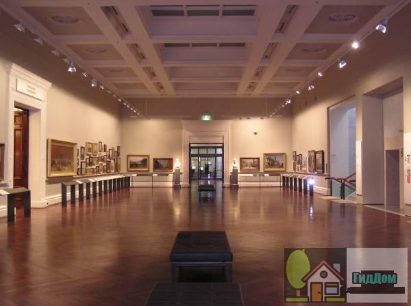Выставочный зал в здании Государственной библиотеки Виктории