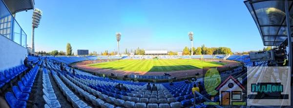 Стадион Локомотив в Симферополе