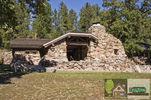 Кастерский государственный парковый музей (Custer State Park Museum)