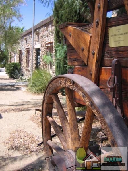 Музей Пустынной Долины (Desert Valley Museum)