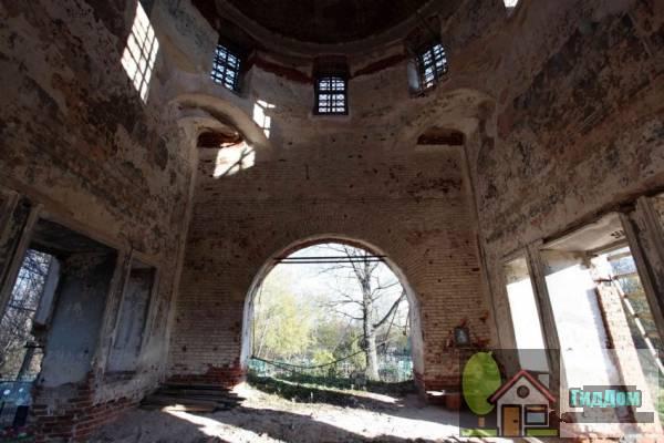 Церковь Николая Чудотворца в Дарищах Файл загружен из открытых источников.
