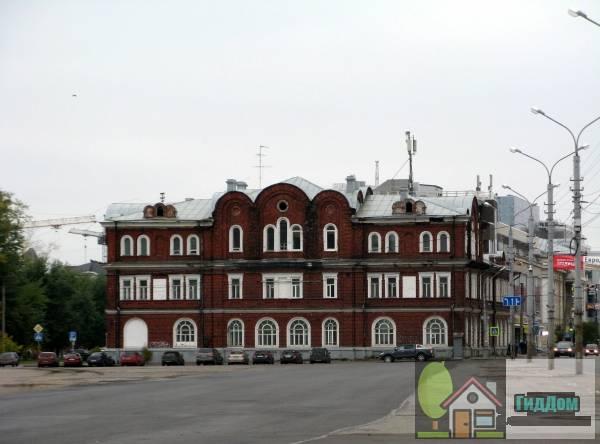 Здание подворья Сурского монастыря. Загружен из открытых источников.