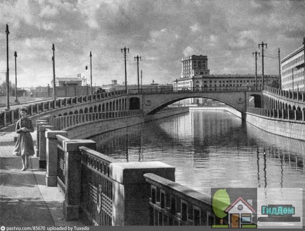 Госпитальный мост в 1955—57 годы