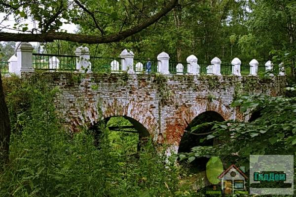 Мост через овраг в Тутаеве Файл загружен из открытых источников.