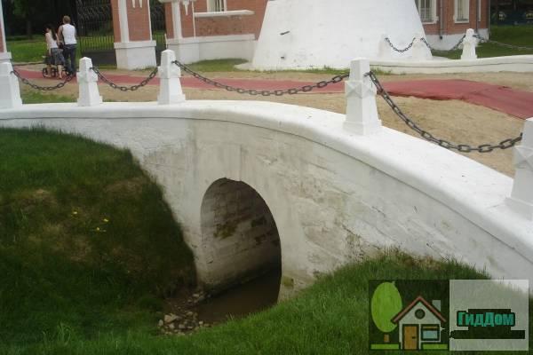 Въездной мост Воронцовский парк
