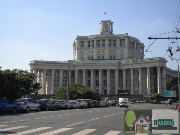 Суворовская площадь, дом №2