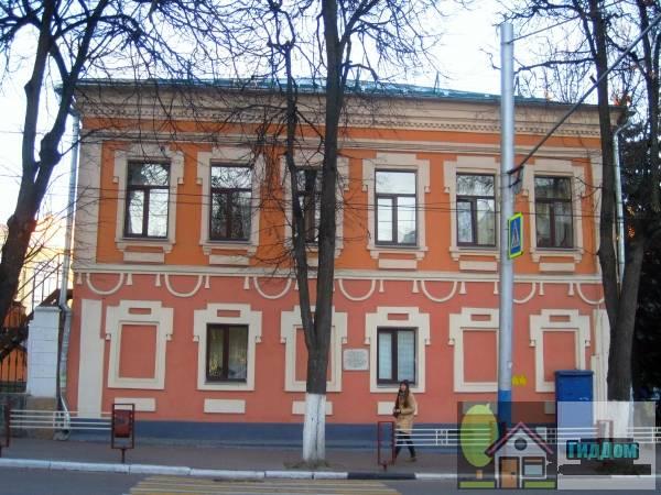 Здание таможни (Петровской)