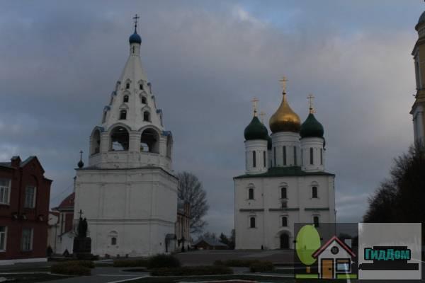 Соборная площадь Коломенского кремля. Загружен из открытых источников.