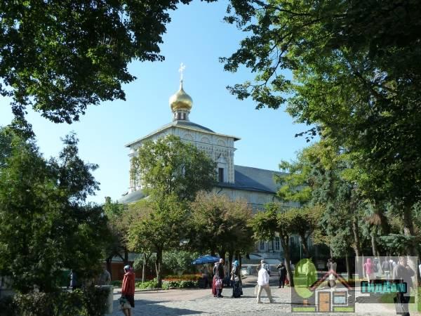 Трапезная с церковью преподобного Сергия Радонежского