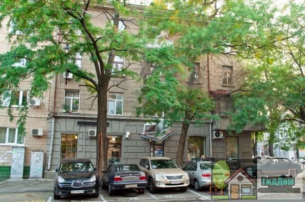 Дом, в котором жил Н.А. Лернер – писатель, профессор (Будинок, в якому жив Н.О. Лернер – письменник, професор)
