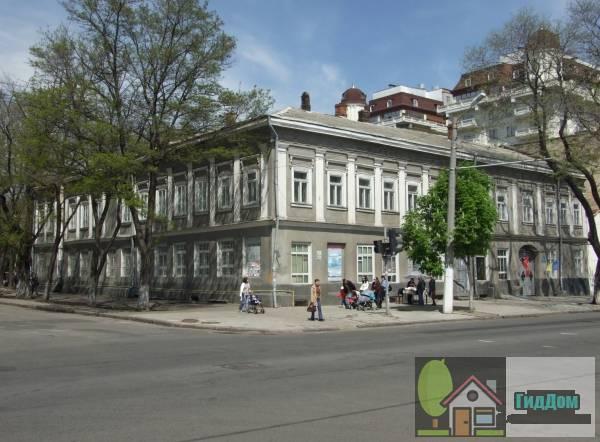 Здание торговых рядов Яловикова (Будівля торгівельних рядів Яловикова)