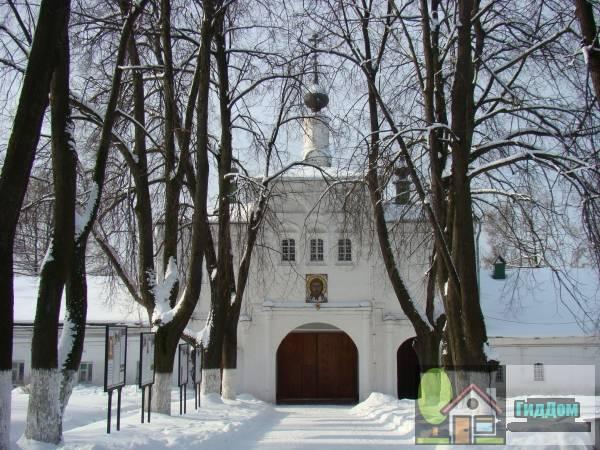 Церковь великомученика Федора Стратилата (Надвратная церковь)