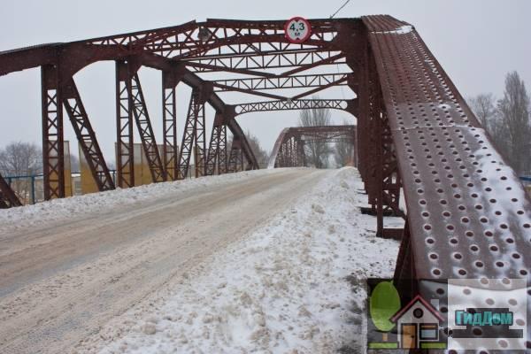 Горбатый мост (Горбатий міст)