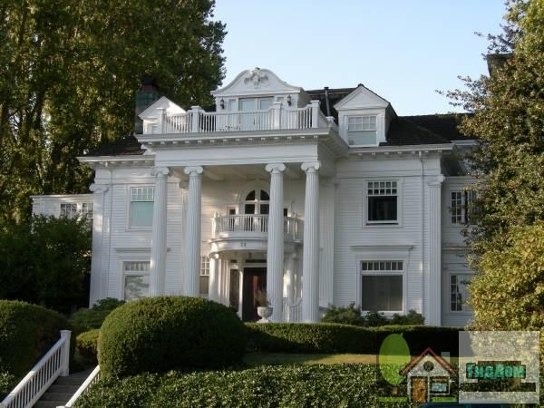 Дом Балларда-Хау (ориг.: Ballard-Howe House). Загружен из открытых источников.